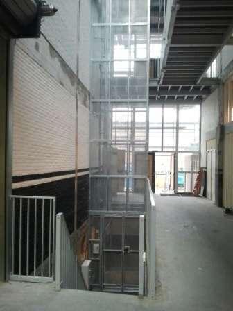 Magazijnlift SL 400 in Theater CHV Noordkade Veghel - De Jong's Liften
