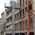 Goederenlift - bouwlift AT1250 op bouwproject - De Jong's Liften