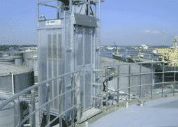 Industriële ATEX lift uitgevoerd met hoge etagedeuren - De Jong's Liften