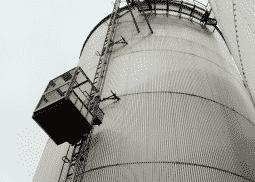 Smeersytemen voor een industriële lift - Veiligheid en langere levensduur lift- De Jong's Liften