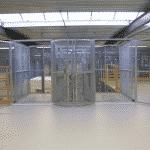 Twin magazijnlift in groot distributiecentrum - De Jong's Liften