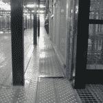 Magazijnlift met speciale vloer - De Jong's Liften